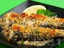 Рецепта Печена пъстърва с магданозени хлебни трохи и пармезан на фурна